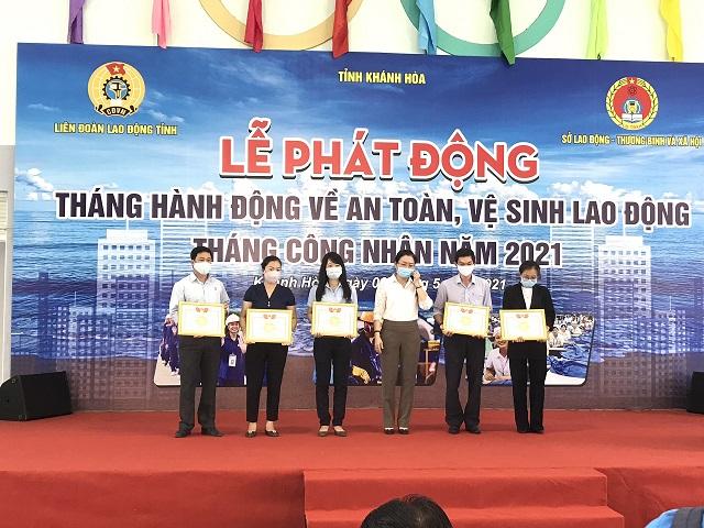 thang CN 2021 (2)